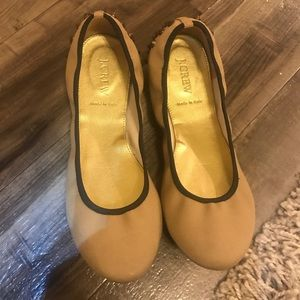 JCrew shoes comfortable and size 8 a tan color
